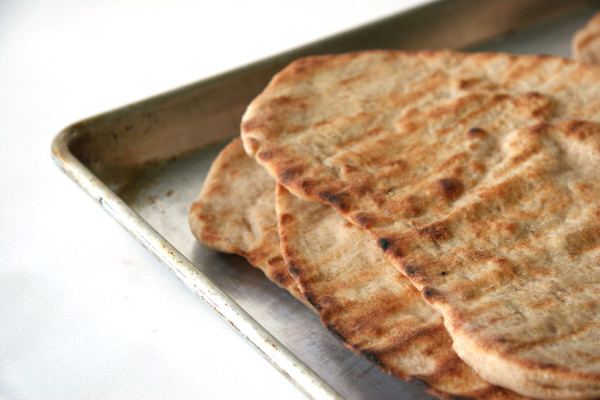 grilled pizza crust - grilled