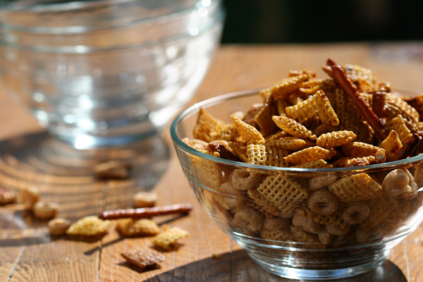 chex mix - clear bowls sunlight copy